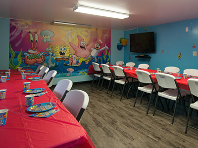 Sponge Bottoms Party Room